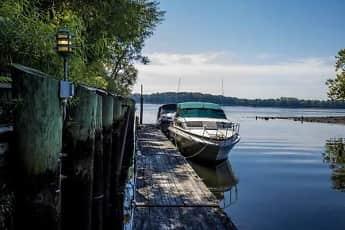Salem Harbour Riverfront Resort, 0