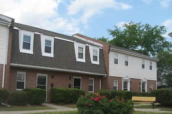 Building, Hodges Ferry East Townhomes, 1