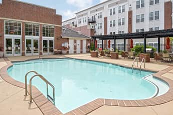 Pool, 100 Park at Wyomissing Square, 0