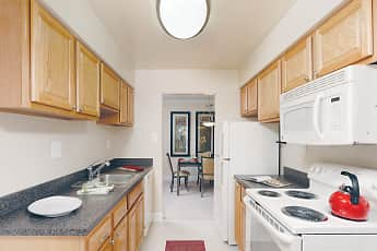 Kitchen, The Apartments at The Sycamores, 0