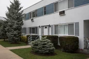 Building, FAIRFIELD AT AMITYVILLE VILLAGE, 1
