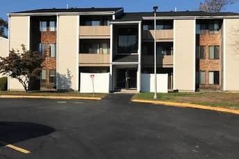 Building, Hillcrest Acres Apartments, 0