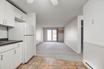 Kitchen, Sagamore Court, 1
