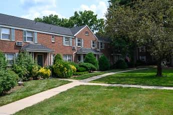 Building, Fair Lawn Park Estates, 1