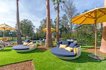 The Vineyard Luxury Apartments, 1