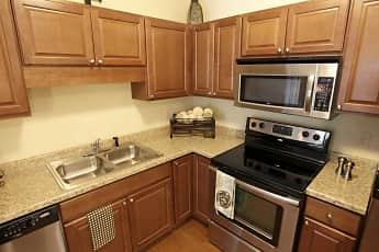 Kitchen, Parkwood Pointe Apartments, 0