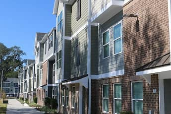 Building, The Ridge at Gainesville - Per Bed Lease, 1