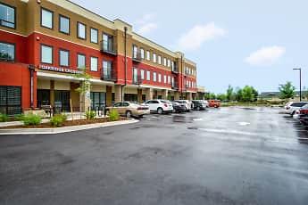 Building, Oakridge Crossing - Senior Living 62+, 0