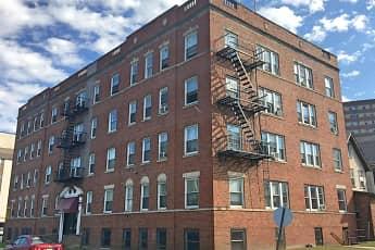 Building, 6 Glenwood Avenue, 0