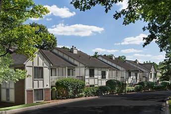 Building, River Oaks Of Rochester Hills, 0
