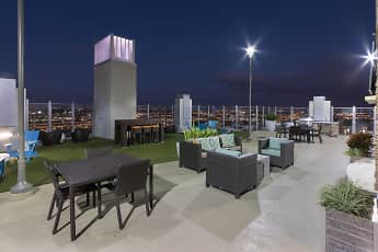 SkyHouse Channelside, 1