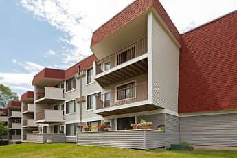 Building, Heritage Hills, 0