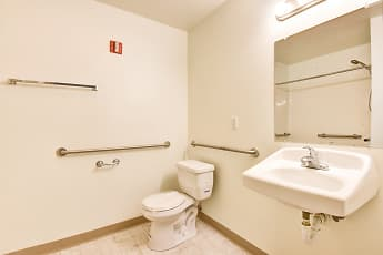 Bathroom, Island View, 2