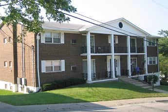 Building, Quail Hollow And Sherwood Knoll, 1
