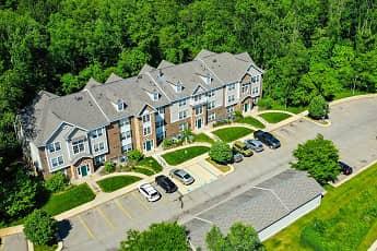 Tall Oaks Apartment Homes, 0