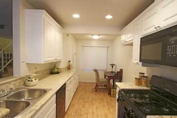 Kitchen, Hidden Springs, 1