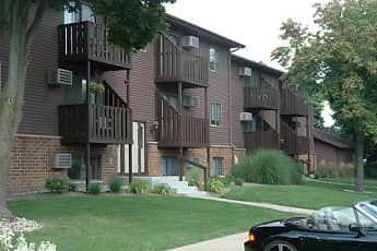 Building, Chestnut Hills Apartments, 0