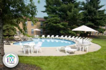 Pool, Korman Residential At Willow Shore, 0