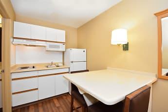 Kitchen, Furnished Studio - Seattle - Southcenter, 1