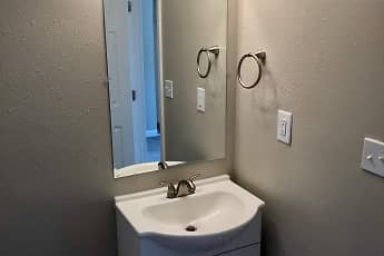 Bathroom, Hillwood Apartments, 2
