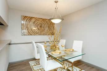 Dining Room, Pineforest Place, 1