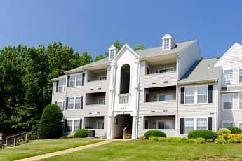 Building, The Pointe at Stafford Apartment Homes, 0