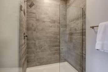Bathroom, 4th & Park, 2