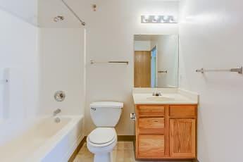 Bathroom, Newport Landing, 2