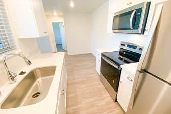 Kitchen, Bradley Arms Apartments, 0