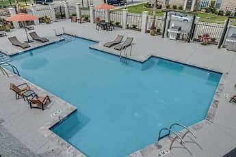 Pool, La Veranda At Polly Lane Apartments, 0
