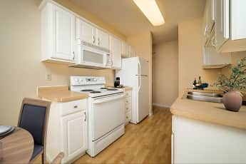 Kitchen, Chesterwood Apartments, 0