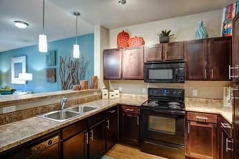 Kitchen, Highpointe Park Apartments, 0
