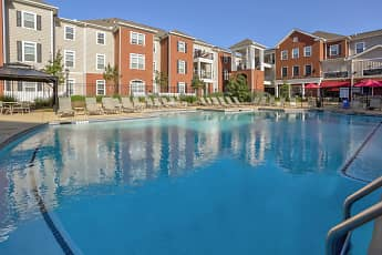 Pool, East Edge, 0