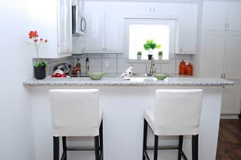 Kitchen, Bluebird Apartments, 0