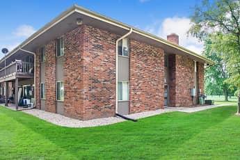 Building, The Fairways Apartments, 1