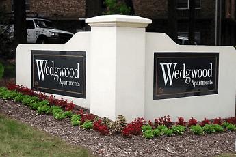 Community Signage, Wedgwood Apartments, 2