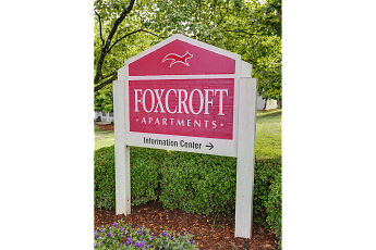 Community Signage, Foxcroft Apartments, 0