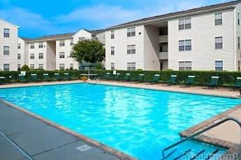 Pool, Waverton Chesapeake, 0