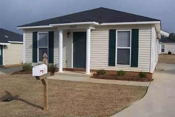 Building, The Woodlands: Apartment Home Community, 1