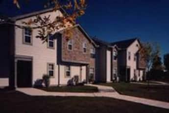 Building, Pineshores Apartments, 2