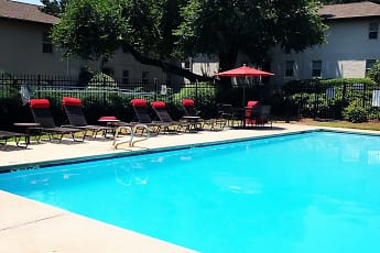 Pool, Avondale Station, 0