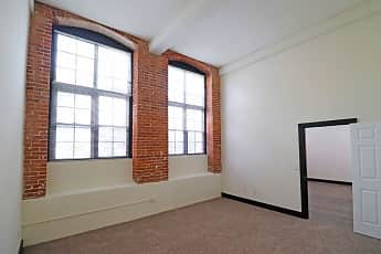 P & P Mill Apartments, 2