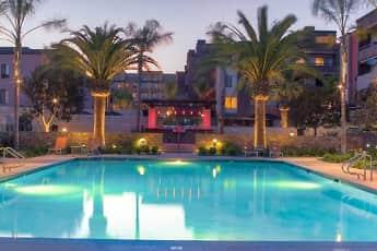 Pool, Avalon Burbank, 0