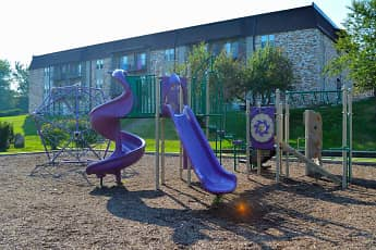 Playground, Oakview Terrace, 1