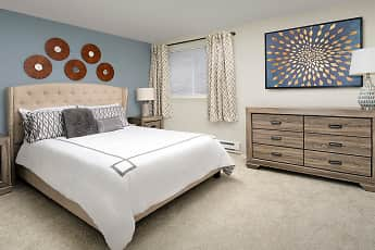 Bedroom, Creekside Apartments, 0