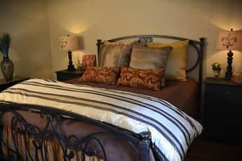 Bedroom, Tuscany at Midtown, 0