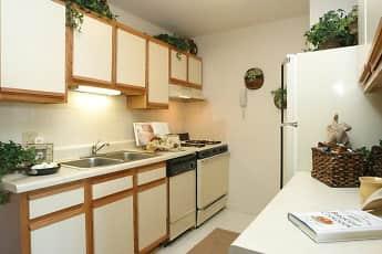 Kitchen, Windsor Lakes, 0