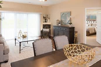 Living Room, Villages of Burlington, 2