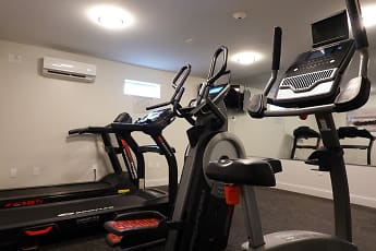 Fitness Weight Room, Cypress Apartments, 2