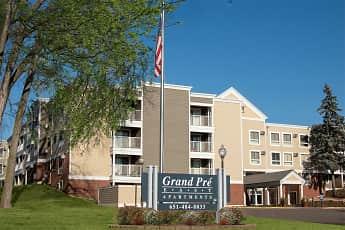 Grand Pre East Apartments, 2
